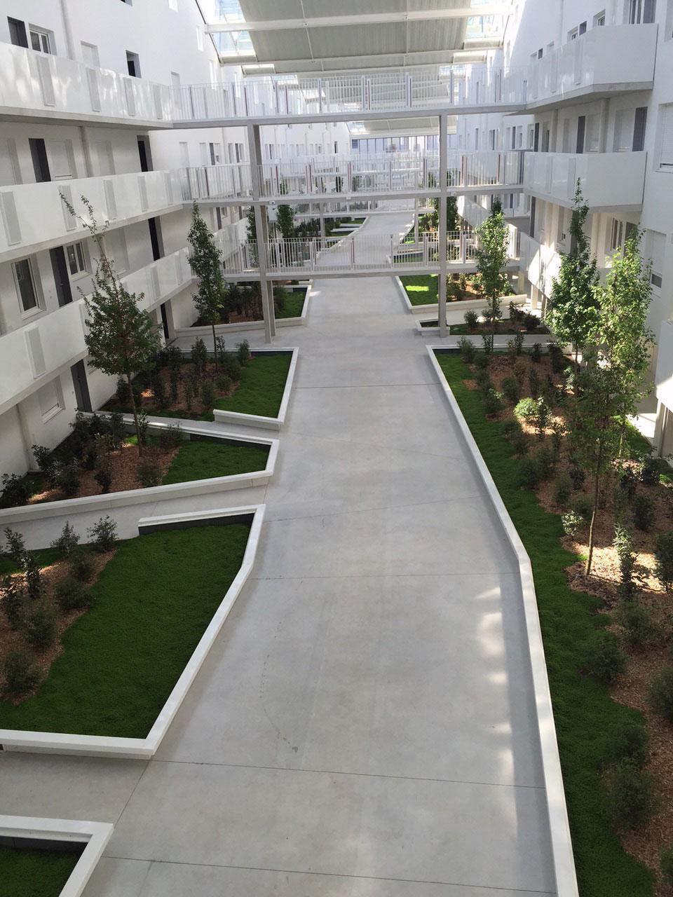 Eurochap galerie r alisations gironde aquitaine for Dalle beton finition quartz