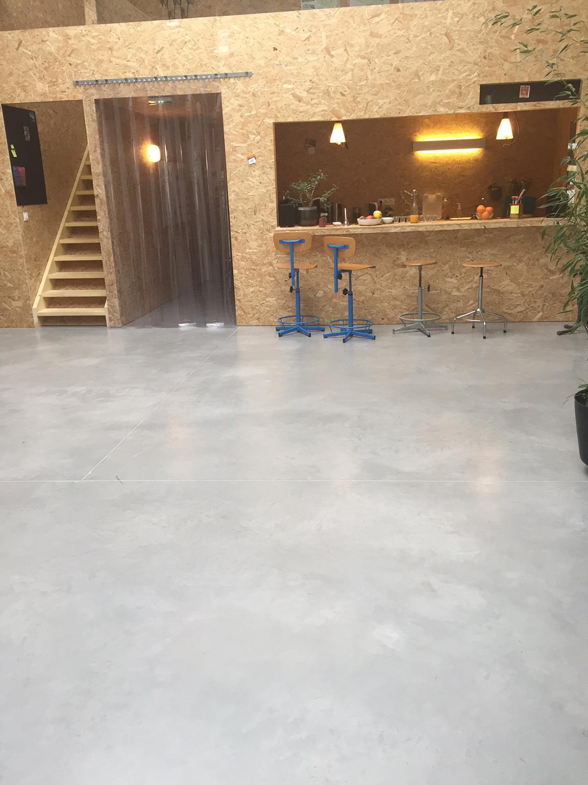 beton cire interieur bordeaux